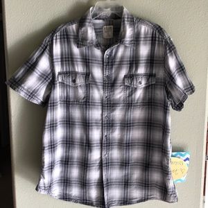 Mossimo Athletic Fit Plaid Button-Down Top